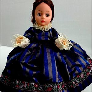 Madame Alexander 1995 Doll Marmee Little Women
